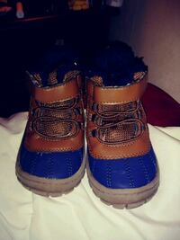 Toddler boots size 6 Cleveland, 37323