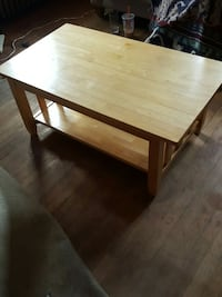 rectangular brown wooden coffee table Fitchburg, 01420