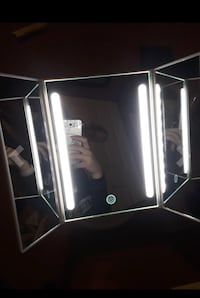 NEW LED Trifold vanity makeup mirror New York, 11355
