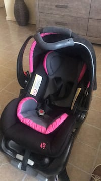 baby's black and pink car seat carrier Norfolk, 23503