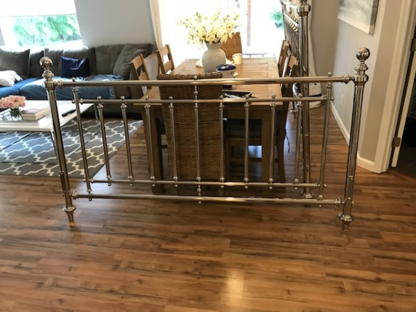 Martha Stewart Turkey Hill Nickel Plated King Size Post And Rail Bed.