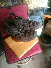 North side hiking sandles size 8 mens