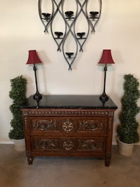 Side table buffet table Fresno, 93730