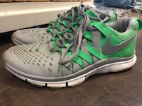 Nike free men's runners ~ size 10