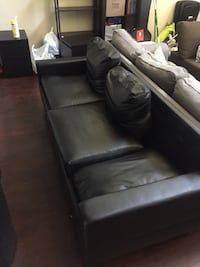 Modern leather couch for Sale Los Angeles, 91601