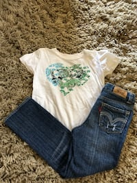 Girls Levi's Jeans & Love Shirt  San Jose, 95123