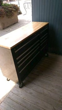 "Husky 52"" toolbox . Adjustable work top Carleton Place, K7C"