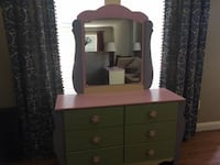 """""""Signature Design by Ashley"""" 5-piece Girl's Bedroom Furniture Set Annapolis"""