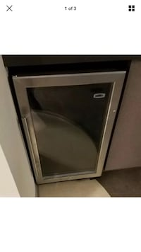 Summit under counter refrigerator. For parts. Chic Whiting, 46394