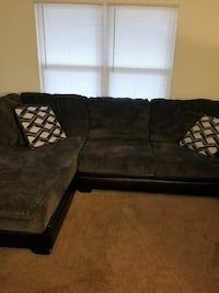 Grat and black sectional