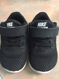 Infant's black-and-white nikes and white vans Madera, 93637