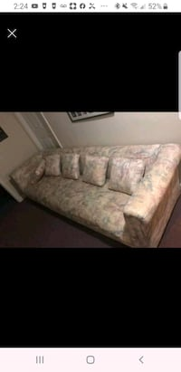 Extra long couch Upper Marlboro, 20774