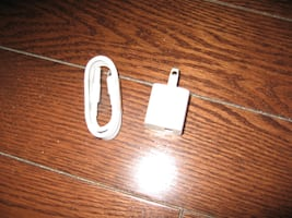 Apple iphone adapter & cable