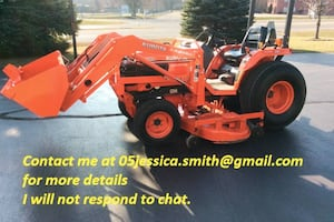 2001 Kubota Tractor B2710HST 4x4 only 320 hours on the meter.VERY CLEAN, GREAT ALL AROUND MACHINE Dual Output Rear Remotes