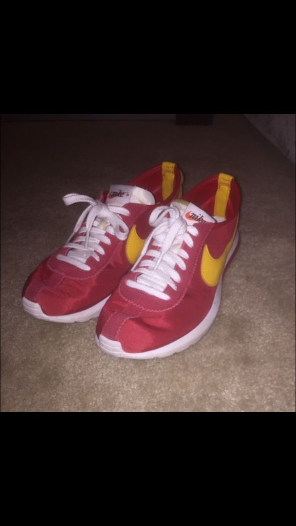finest selection 1686c 81530 Nike cortez - usc colorway (forest gump model)