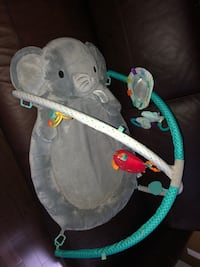 Elephant play mat. Sells at toys r us for 100$ in great condition Ottawa, K4A 0P3