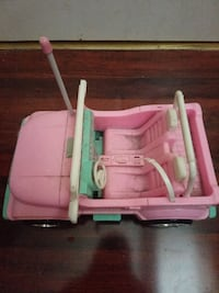 Vintage Barbie Jeep with remote