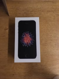 brand new iphone se and used iphone 5s Hoover, 35216