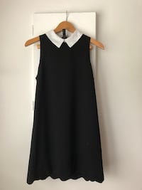 Semi Formal White Collar Black Dress Size S Richmond, V6Y 2B6