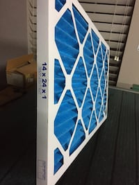 PRICED $114 BELOW BIG STORE RETAIL! CASE OF 24 PLEATED AIR FILTERS.