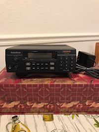 Radio Shack  Trunk Tracker 800 MHz / 300 Channel Receiver / Vintage