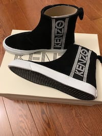 Authentic brand new Kenzo sneaker 比肯斯菲尔德, H9W 2H5