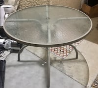 Great condition glass table Henderson, 89074