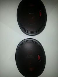 Pair Roadmaster Speakers RS900black and red