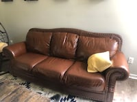 FREE!!!! ..Leather couch, wooden pallets, wooden columns  Reston, 20194