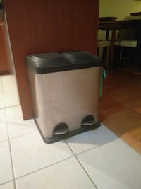 Duo garbage can stainless steel Montreal, H3A