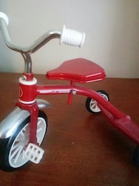 toddler's red trike Wilmington, 28403