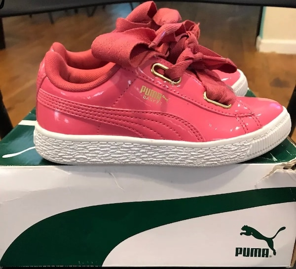 b08b59a83e417a Used Puma size 13 pink and gold bow patent leather for sale in New York -  letgo