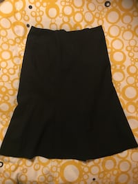 Ladies size 8 flared black skirt  Toronto, M8Y 3L7