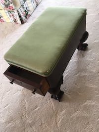 black and green leather padded ottoman Toronto, M3C
