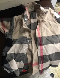 Burberry Toddlers button up  Baltimore, 21244