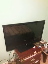 black LG flat screen TV Silver Spring, 20903