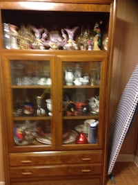 Wooden display cabinet Skokie