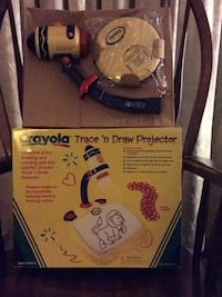 Crayola Trace'n Draw  Projector as a Gift ;New in bow Glenshaw, 15116