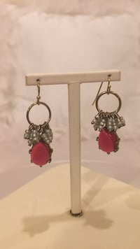 Anthropologie earrings. Red and little whitish beads  North Vancouver, V7R 3W8