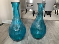 Two blue vases Brampton, L6V 4A9