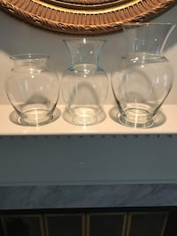 Set of 3 Glass Flower vases 15 mi