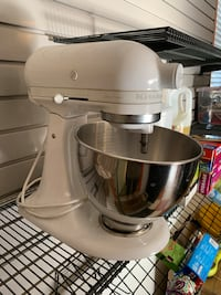 White Kitchen Aid Mixer