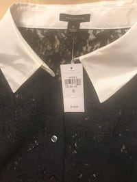 Lace Blouse (New, tags on) Toronto, M5R 1B9