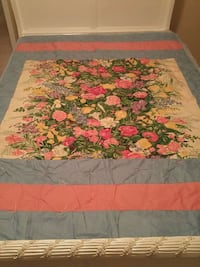 New floral handcrafted quilt Whitchurch-Stouffville, L4A 0A6