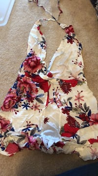 white, red, and blue floral spaghetti strap dress Edmonton, T5H 3Y3