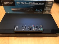 BLU RAY Disc DVD Player SONY remote control, cords, manual,works $40 Vancouver, V5R 5J4