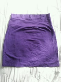 purple short skirt (S) Montréal, H8N 1J2