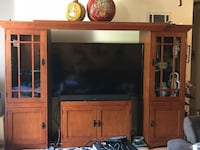 Wall unit Entertainment center 4 pcs with lighting Chula Vista, 91910