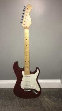 Brown electric guitar, will replace strings if bought  Woodbridge, 22191