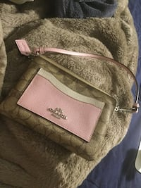 Brown and pink leather wallet Las Vegas, 89128